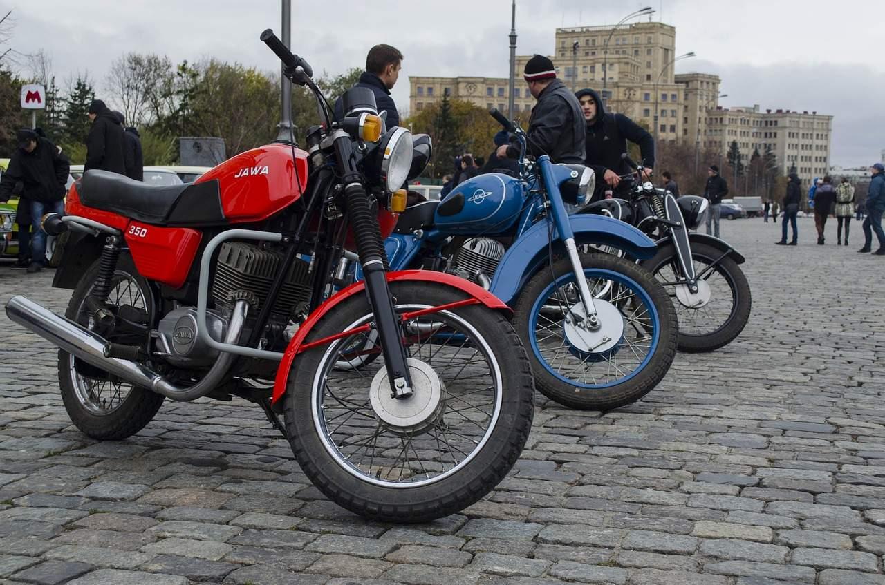 Motocykl i rower a pojazdy uprzywilejowane